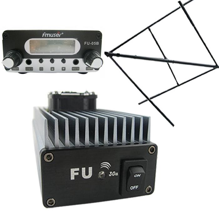 FMUSER FU-30A 30W Ammattimainen FM-virranvahvistin FM-lähetin FM Exciter 85 -110MHz + CP100 Pyöreä polaroitu antenni radioasemalle