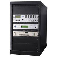 500W Rack FM-lähetin Professional FM yleislähetyslähettimen digitaalinen FM exciter AES / EBU tulo