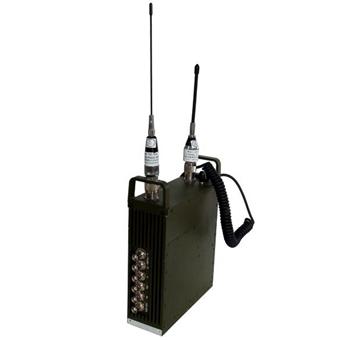 FMUSER FUTV-8001 2 dwy ffordd sain 1w 1KM Live Newyddion Cyfweliad UHF 720 SD SDI HDMI COFDM MPEG2 4 H.264 Trosglwyddydd ar gyfer Camera
